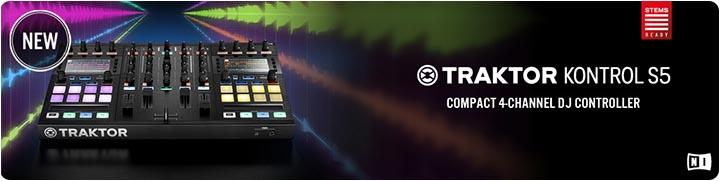Traktor S5 DJ Controller